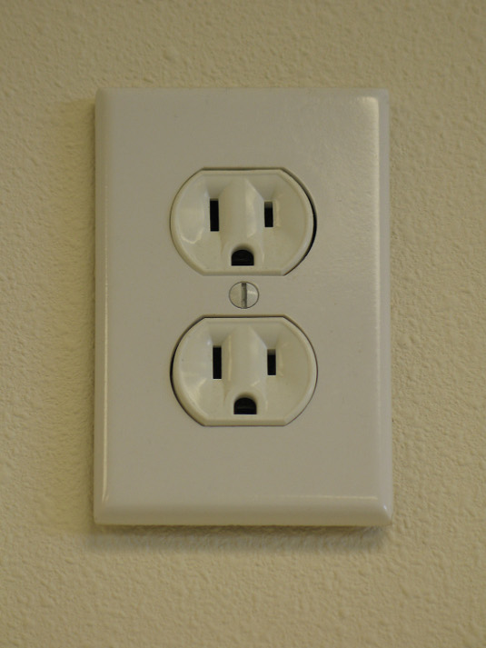 Wordpress plugin -- electric outlet