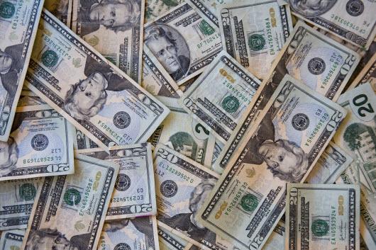 pile of $20 bills